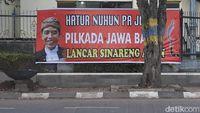 Muncul Spanduk Dukungan Jokowi Tetap Presiden di Bandung