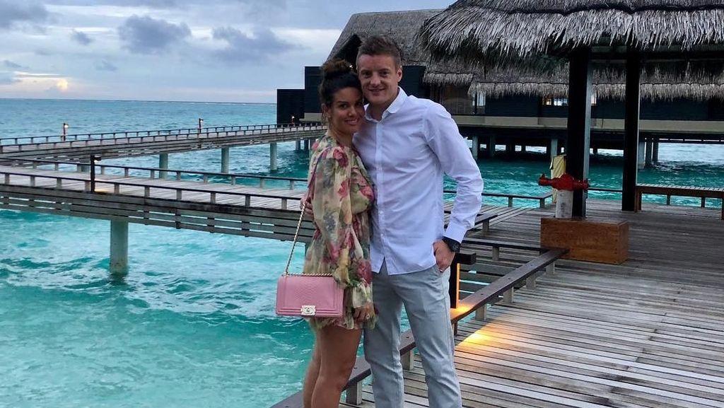 Foto: Liburan Romantis Jamie Vardy dan Istri