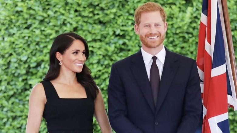 Meghan Markle Tak Undang Ayahnya ke Pernikahan dengan Pangeran Harry