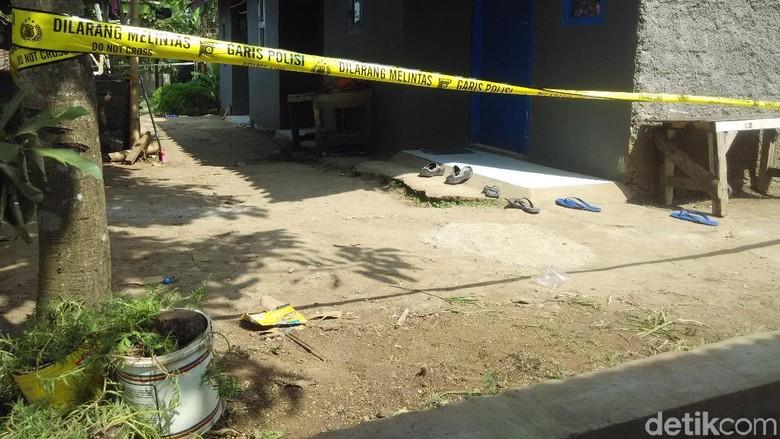 Mayat Perempuan Dalam Rumah di Ngamprah Bandung Korban Pembunuhan