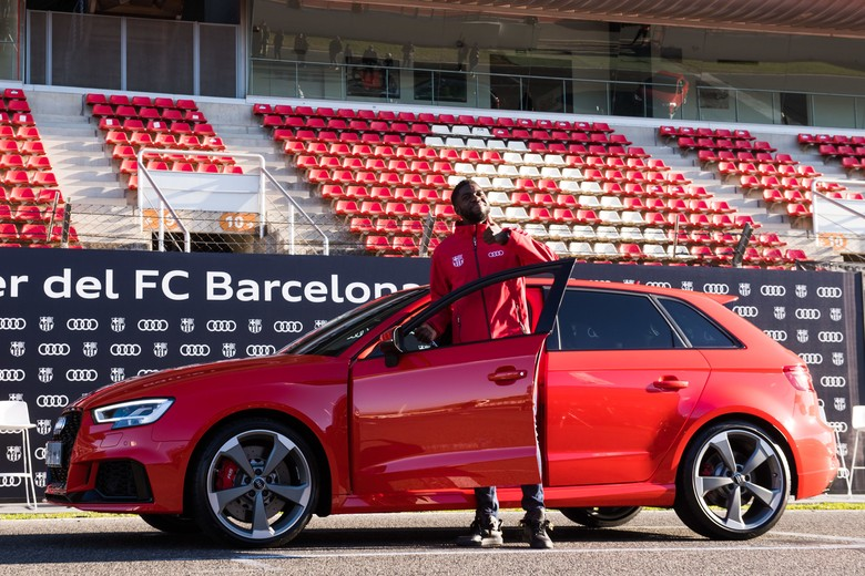 Samuel Umtiti dan Audi RS3 Sportback 2.5 TFSI QUATTRO. Foto: Dok. Audi
