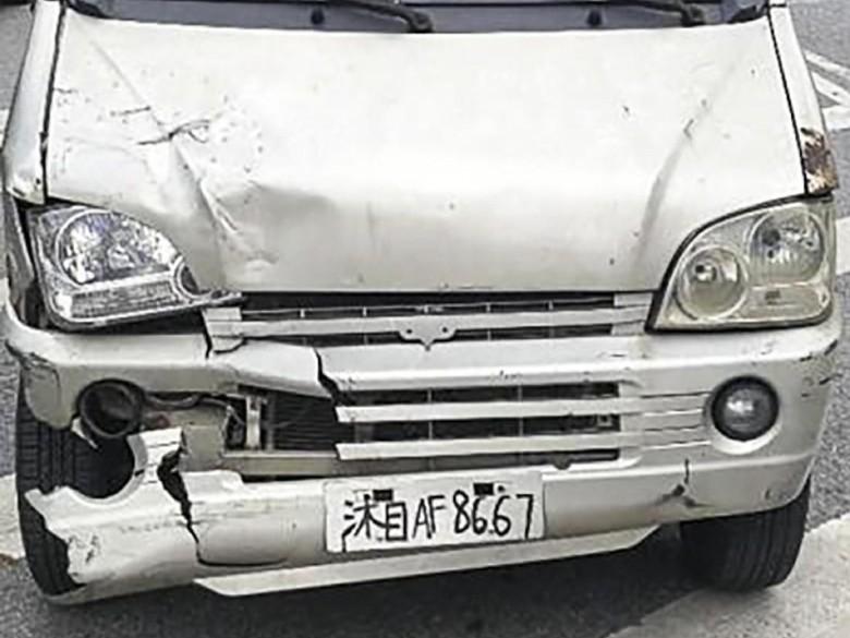 Pakai Pelat Tulisan Tangan, Pria di China Ditangkap Polisi