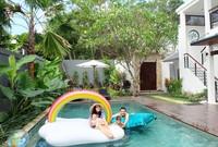 Titi Kamal dan Christian Sugiono ke Bali akhir bulan lalu bersama kedua anaknya (titi_kamall/Instagram)