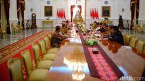 KPU Laporkan Hasil Pilkada Serentak ke Jokowi