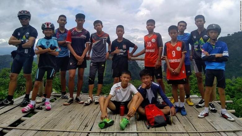 17 Hari Terjebak di Gua, 12 Remaja Thailand Turun 2 Kg