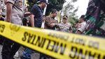 Momen Anies Kunjungi Lokasi Ledakan di Ruko Grand Wijaya