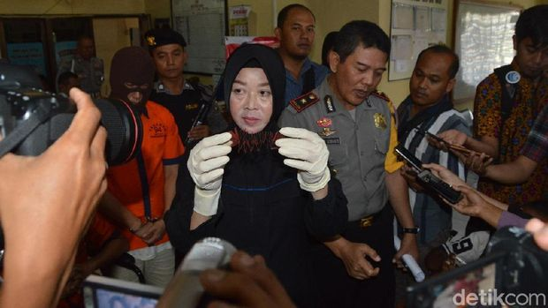 Diduga Gendam Pengunjung Plaza Madiun, 2 WNA Dibekuk Polisi