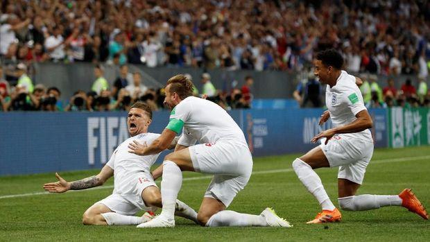 Kieran Trippier merayakan gol ke gawang Kroasia.