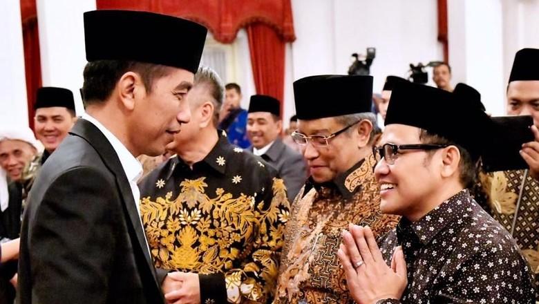 Saat Cak Imin Sapa Jokowi di Tengah Wacana Tiket VIP PKB-Golkar
