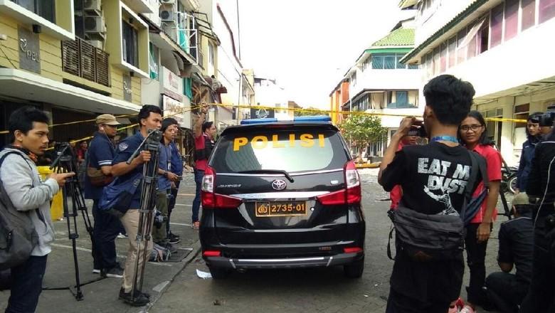 Puslabfor Olah TKP di Lokasi Ledakan di Ruko Grand Wijaya