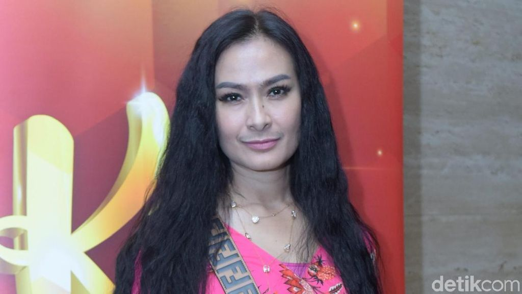 Dear Iis Dahlia, Fatin Dulu Audisi X-Factor Pakai Seragam Sekolah