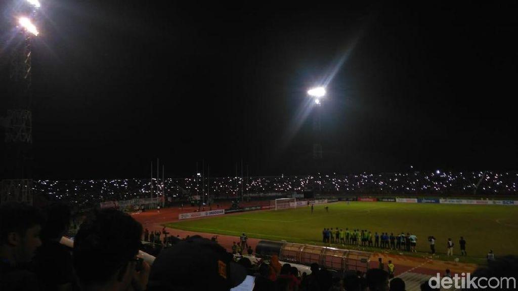 Lampu Stadion Mati Saat Indonesia vs Malaysia, Ini Kata Panpel