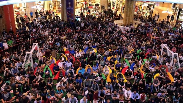 Nobar Piala Dunia di Lotte Shopping Avenue
