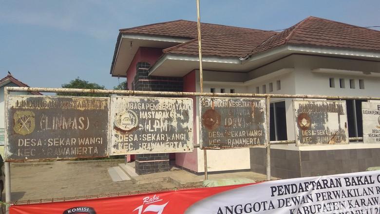 Usut Korupsi APBDes, Polisi Geledah Kantor Desa di Karawang