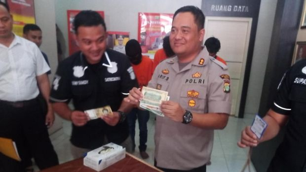 Polisi pamerkan barang bukti pencurian di kosan WN Korsel