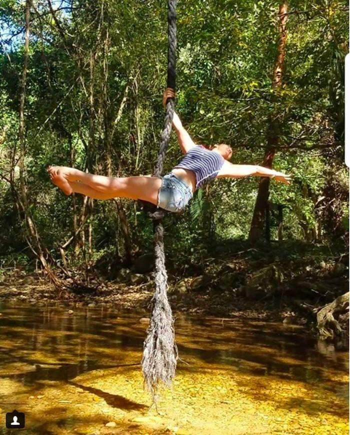 Adiknya, Kristy Williams adalah instruktur yoga. Foto: instagram/coco