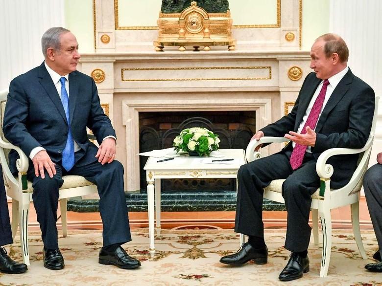 Bertemu Putin, PM Israel Cerita Lumpuhkan Drone Suriah