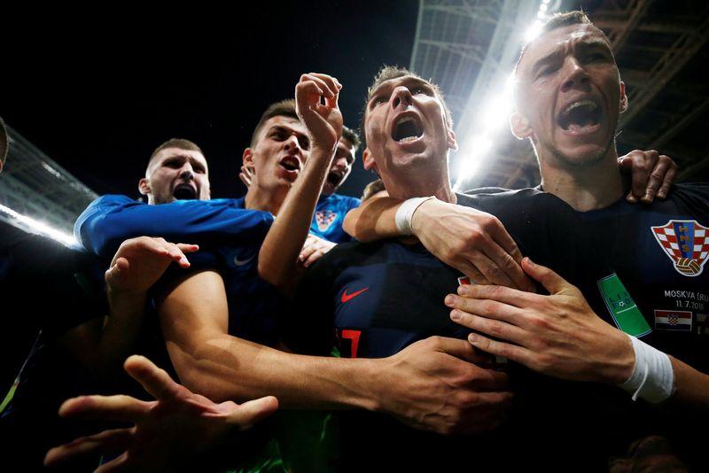 Kroasia mengalahkan Inggris pada semifinal Piala Dunia 2018, dengan skor 2-1. Untuk pertama kalinya dalam sejarah, Kroasia mampu menempuh final Piala Dunia 2018 (Reuters)