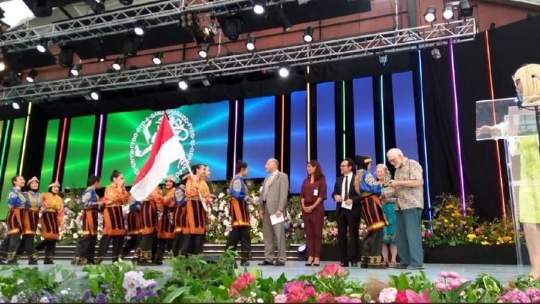 Foto: SMA Al Izhar meraih penghargaan di Inggris (dok. Istimewa)