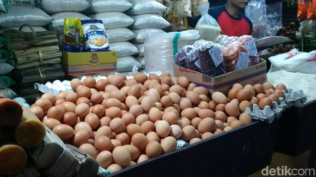 Pasca Lebaran, Daging Ayam dan Telur di Bandung Terus Naik
