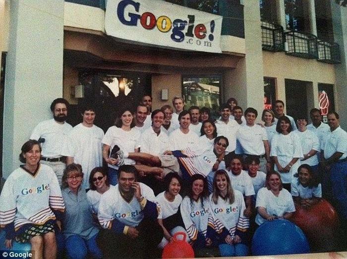 Sergey Brin, Larry Page dan pegawai awal Google. Foto: Google
