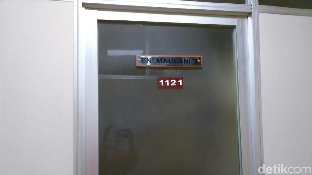 Foto: Ruang Kerja Anggota DPR Eni Saragih dan Lokasi Penangkapan
