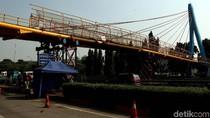 JPO Tol JORR Bambu Apus yang Ditabrak Truk akan Dibongkar Besok