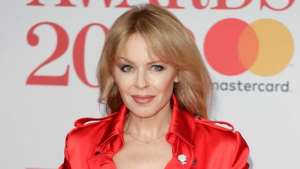 Kylie Minogue Diboikot di Konser Reuni Spice Girls, Ada Apa?
