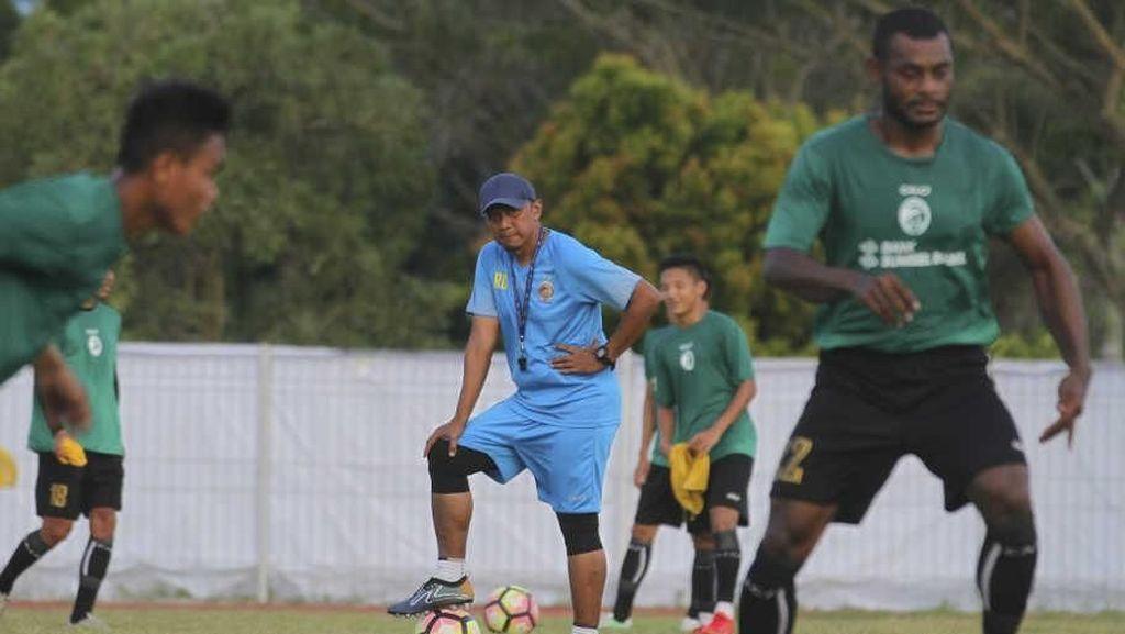 Rahmad Darmawan Pertimbangkan Kembali ke Sriwijaya FC
