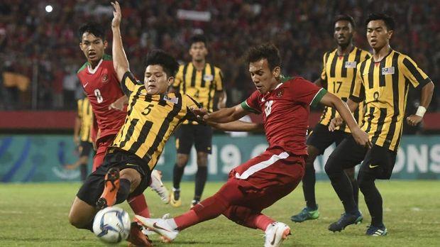 Egy Maulana Vikri sempat mengalami cedera di Piala AFF U-19.