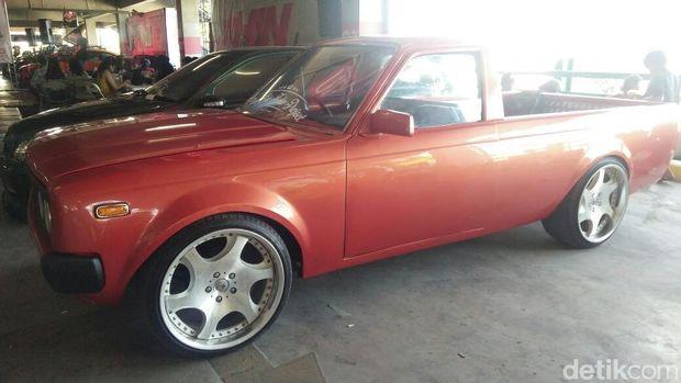 Toyota Corona Pikap