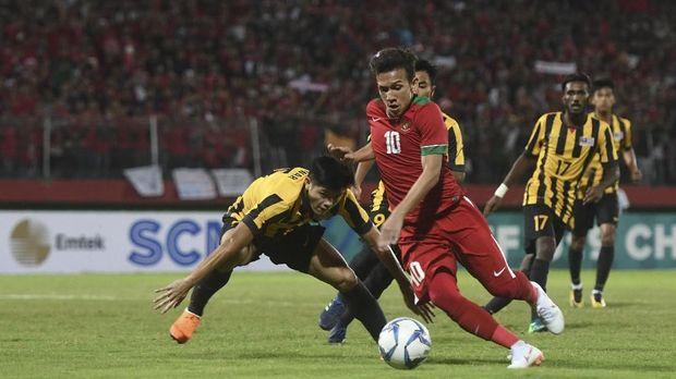 Timnas Indonesia U-19 gagal melewati adangan Malaysia di babak semifinal Piala AFF U-19 2018.