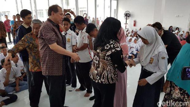 Dari Anak Singkong, Murid SMA CT Arsa Ingin Jadi Orang Besar