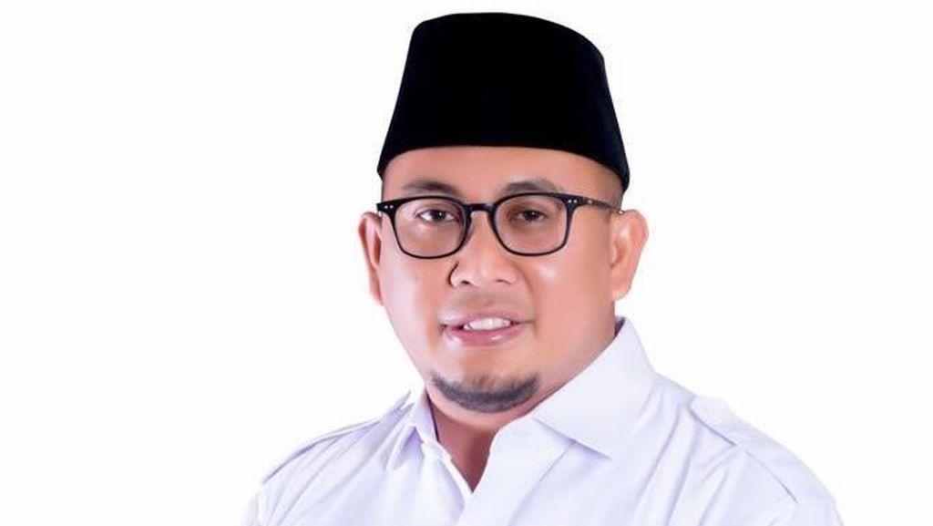 Gerindra: Mahar Rp 1 T Hoax, Jokowi Tak Punya Pendirian