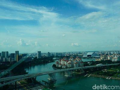 Melihat Panorama Urban Singapura dari Ketinggian
