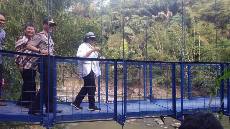 Resmikan Jembatan Diplomasi, Menlu Ajak Warga Jaga Toleransi