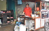 Jakarta Rasa Jogja, Mi Godog 'Mas Tok' yang Dimasak dengan Api Arang