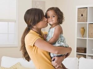 Kisah Tragis Ibu yang Tidak Bisa Belikan Anaknya Susu Gara-gara Corona