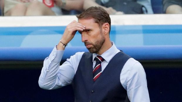 Gareth Southgate yang membawa timnas Inggris ke semifinal memiliki gaji di bawah Luis Milla.
