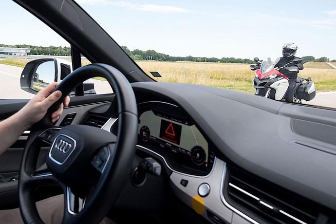Ini Tampang Motor yang Bisa Bicara dengan Mobil