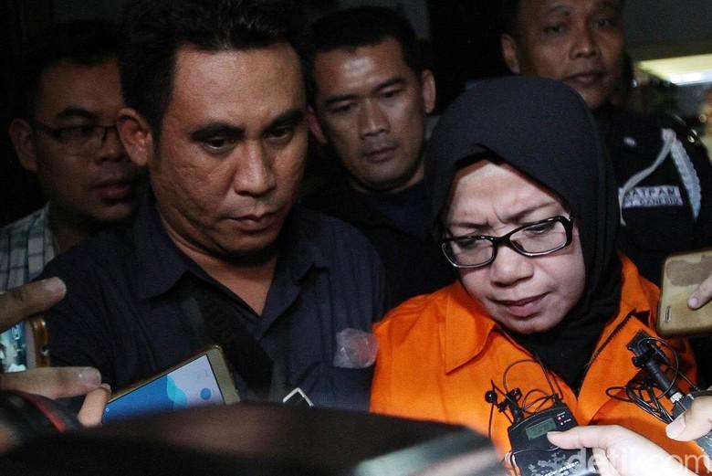 Kronologi OTT Eni Saragih Hingga Rumah Dirut PLN Digeledah KPK