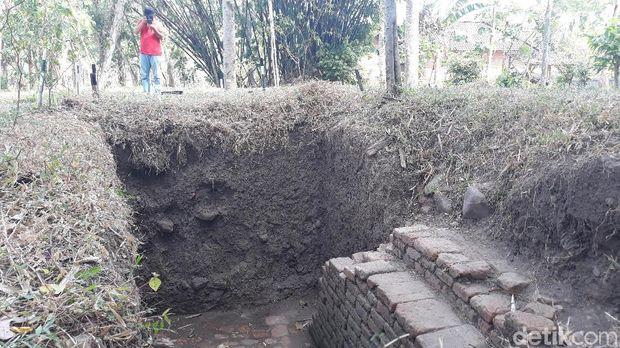 Duga Ada Peninggalan Majapahit, Tim Arkeolog Gali Situs di Madiun