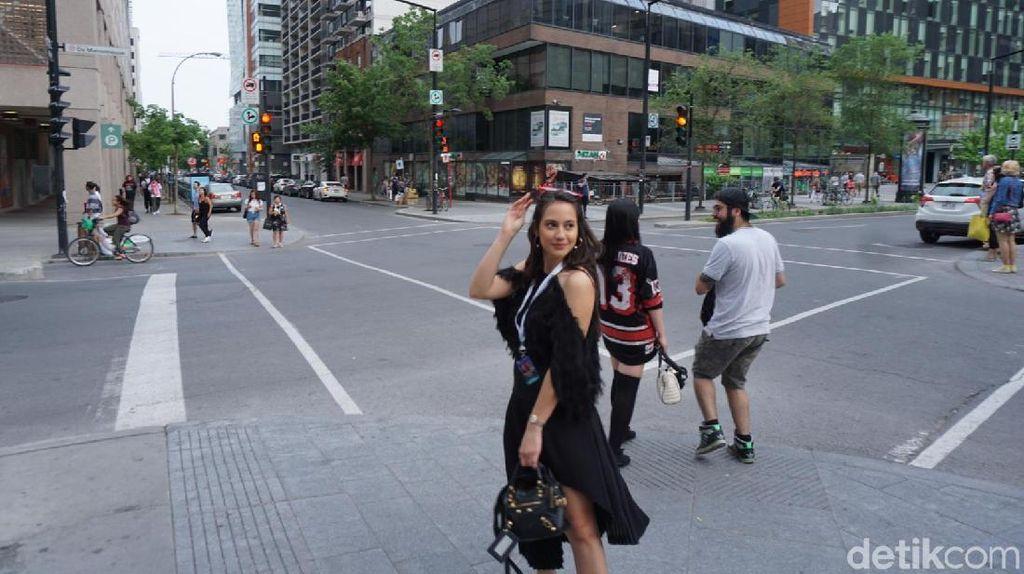 Gaya Pevita Pearce saat Melancong di Kanada