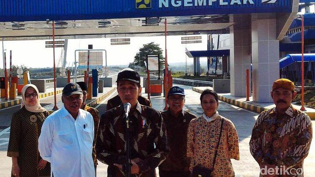 Mampir di Klaten, Jokowi Minta Pasar Gede Direnovasi Total