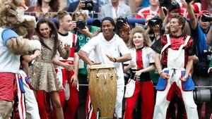 Meriah Penutupan Piala Dunia 2018, Ada Will Smith dan Ronaldinho