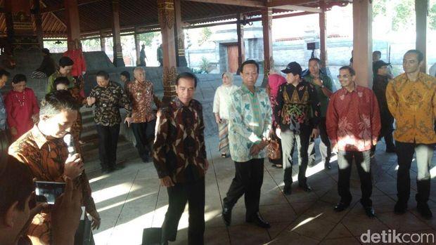 Naskah Pidato Diiterupsi Warga, Jokowi: Mensesneg yang Keliru