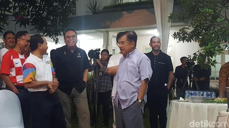 Wapres JK Gelar Nobar Final Piala Dunia 2018 di Rumah Dinas