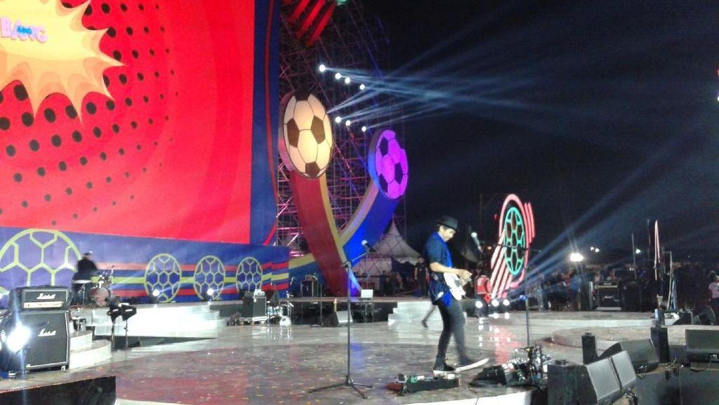 Slank hingga BCL Siap Ramaikan Konser Nobar Piala Dunia 2018