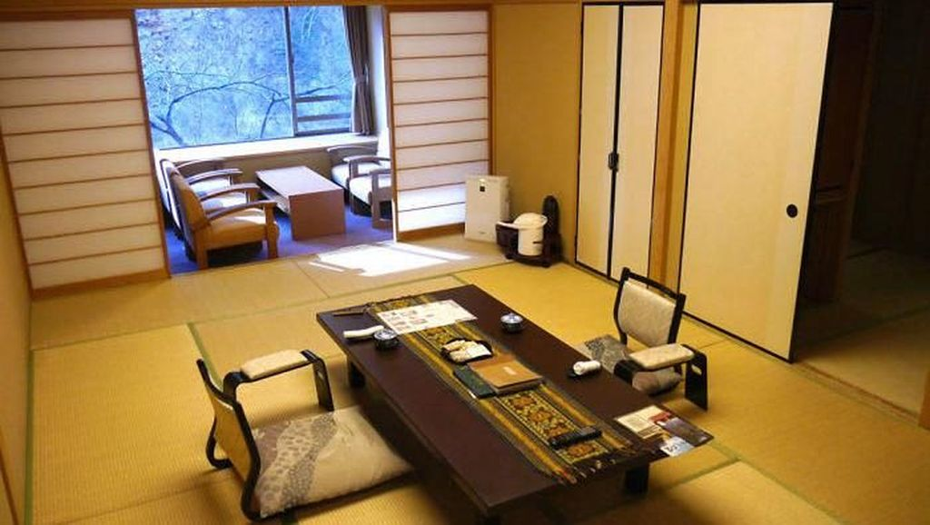 Coba Sensasi Menginap di Hotel Tertua di Dunia