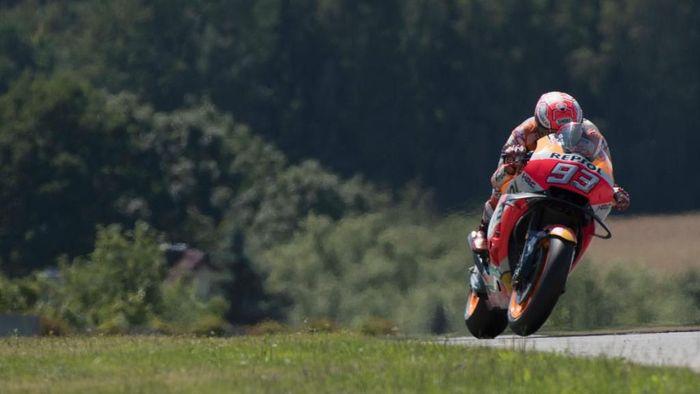 Marc Marquez jadi yang tercepat di sesi latihan bebas kedua MotoGP Austria (Mirco Lazzari gp/Getty Images)